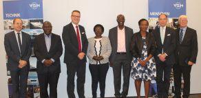 VSM_Ugandische Verkehrsministerin besucht VSM